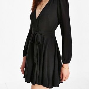 urban outfitters mini wrap dress